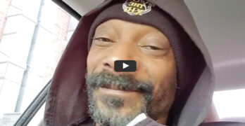 snoop dog listens to frozen in car